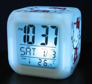 Reloj de Hello Kitty al ponerse en color azul