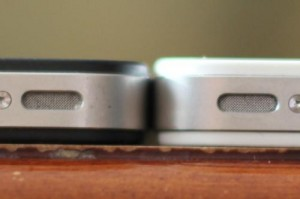 White-iPhone-4-Thicker-Than-Black