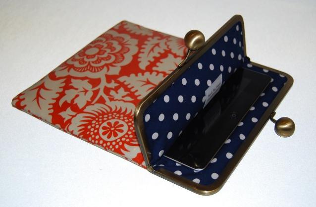 Un monedero que también es funda para tu iPad