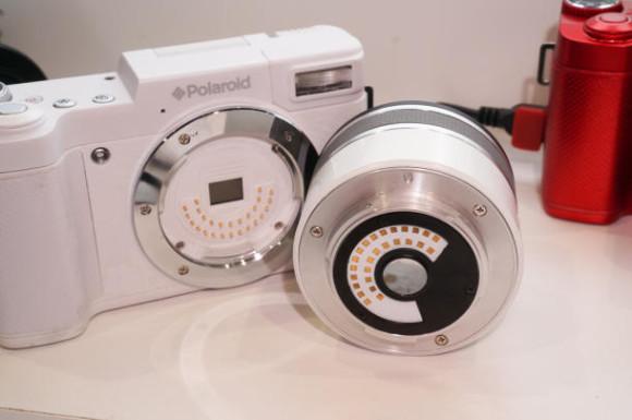 Polaroid iM1836 android