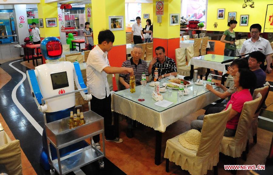 reataurante en china robots