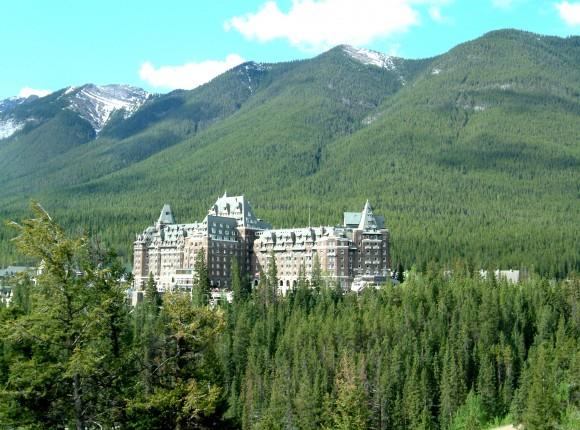 Fairmont_Banff_Springs_Hotel