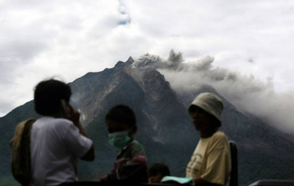 volcanes en indonesia